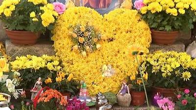 News video: Alice Gross funeral: Town falls silent for murdered teen